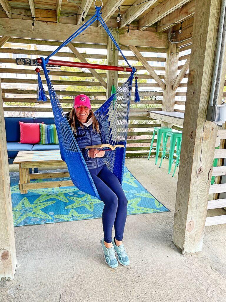 Happy Daze Hangout Hammock Swings